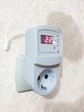 Терморегулятор розеточного типа для инфракрасных панелей и электрических ковров